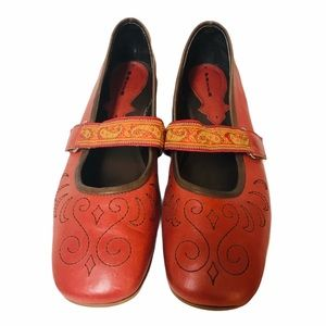 Pazzo Mary Jane shoes red gold brown size 10 M